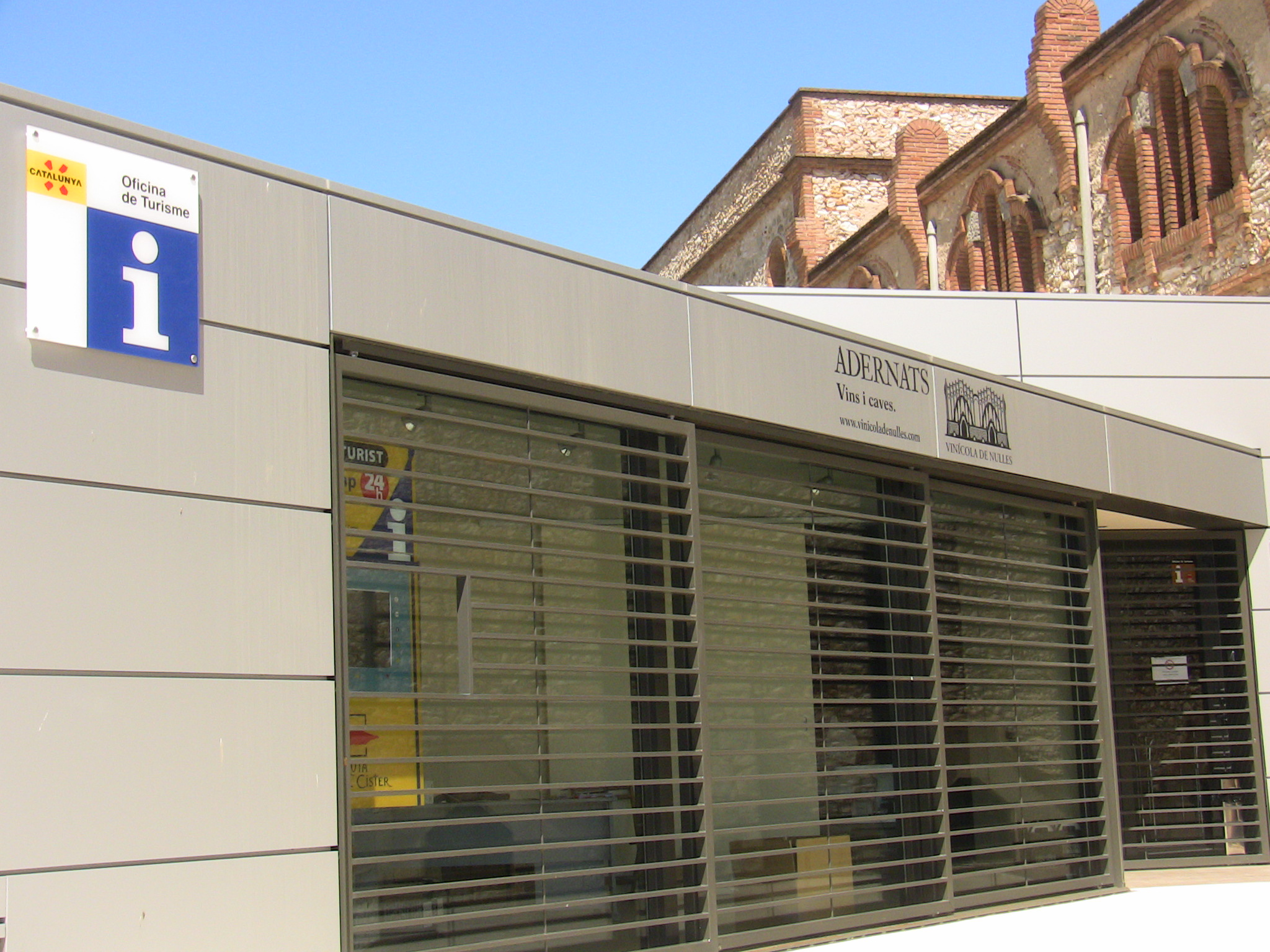 Oficina de turisme ajuntament denulles for Oficina de turisme